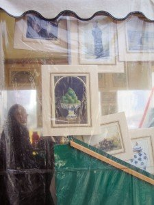 Retired man sells artworks in London market