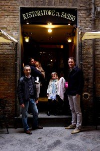 Family trip to European city with TripShooter Vacation Phtoographer Cassie Jones