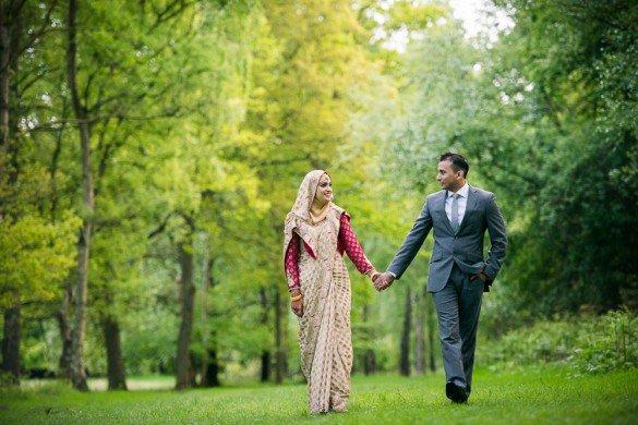 Khalid Bari TripShooter Vacation Photographer in London - happy honeymoon couple