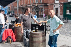 Men drinking in pub by TripShooter Vacation Photographer in Dublin, Ronald Bouman