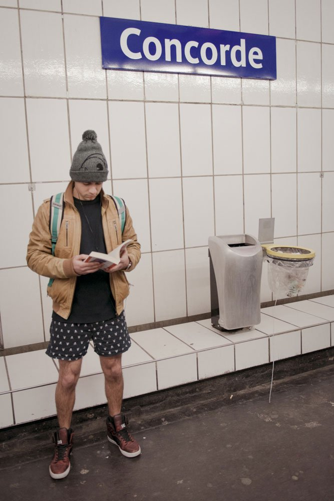 TripShooter Photos of No Pants Subway Paris