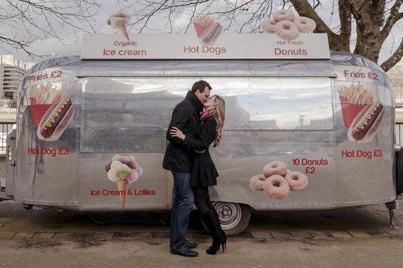Kissing couple, London