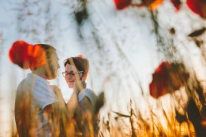 Romantic couple photo sessions in Italy by Milan photographer Alessandro Della Savia