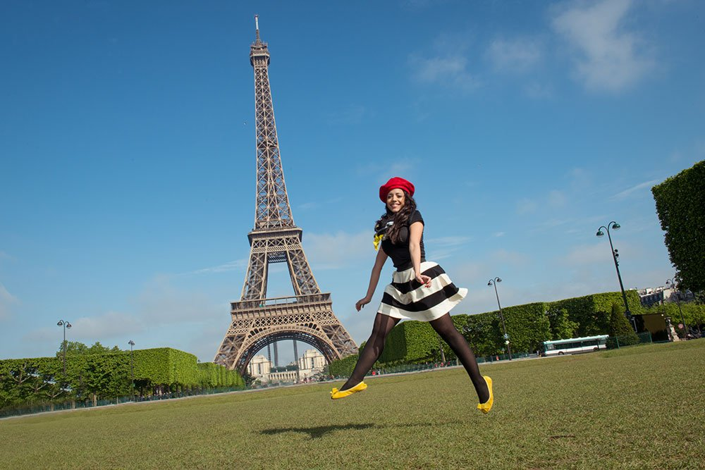 TripShooter Paris Springtime Photo Shoot - Jumping at Eiffel Tower