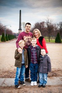 Family portrait in park by Glasgow photographers Chris Logue and Ewan Cameron