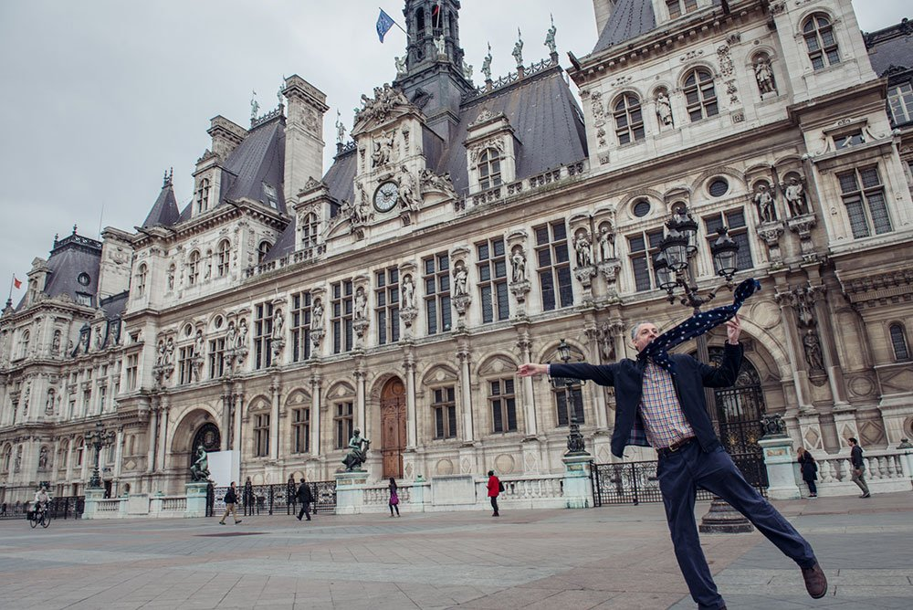 A quick flight to the Hotel de Ville, Paris - by TripShooter, vacation photographer in Paris