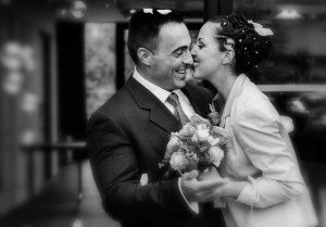 Loving married couple at their wedding, by Pierre Turyan, TripShooter Paris Photographer