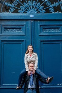 Cute Paris loveshoot by Paris photographer Jade Maitre for TripShooter