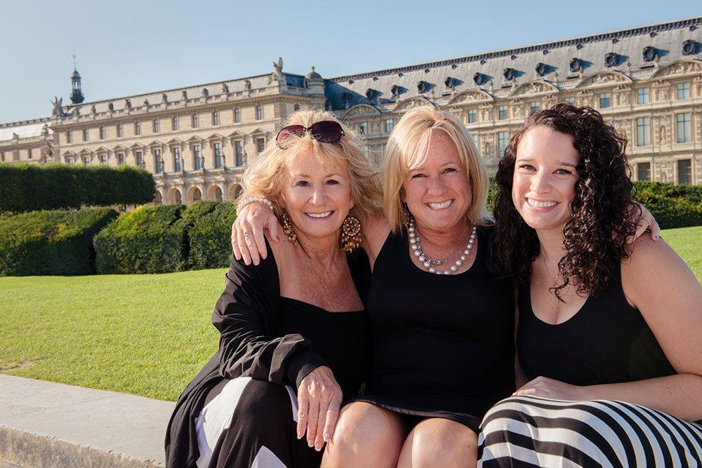 Three generations of happy women by Paris photographer Jade Maitre