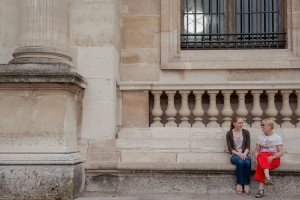 Mother and daughter conversations on Paris vacation together by Paris photographer Jade Maitre