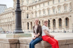 Mother and daughter vacation in Paris photoshoot by Paris photographer Jade Maitre