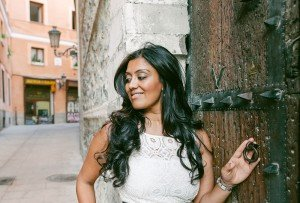 Woman feeling beautiful on vacation in Spain by TripShooter Madrid photographer Laura Emme