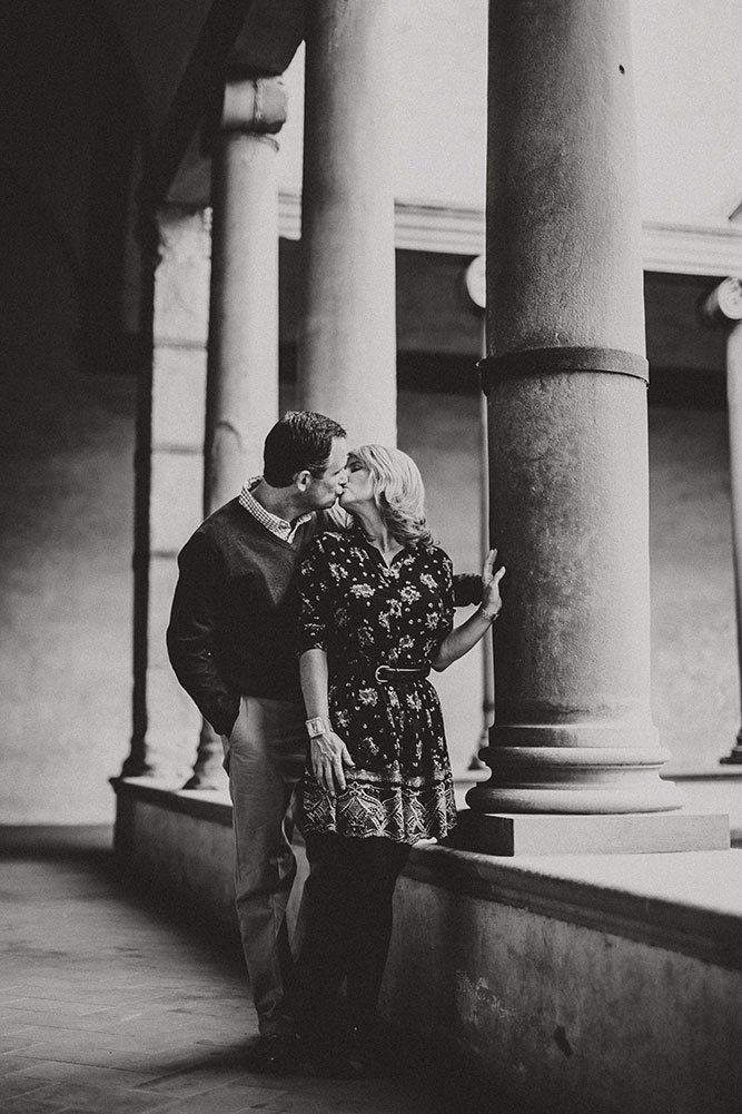 Romantic photo in Italy by TripShooter Florence photographer Alessandro Ghedina