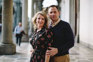 Loving couple in Florence by TripShooter Florence photographer Alessandro Ghedina