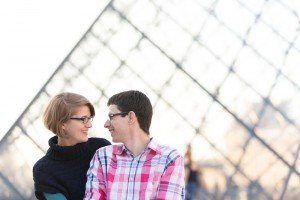 Couple photos in Paris by Eric Gaudard TripShooter Paris photographer