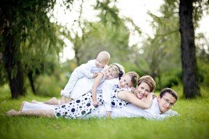 Fun family portrait in Poland ,by TripShooter photographers in Warsaw, Diana and Rafal Krasa