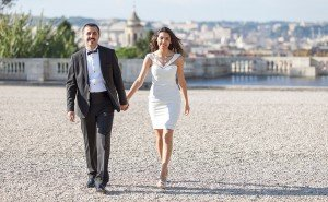 Romantic Rome photo of destination wedding couple by TripShooter Rome photographer Alex Marchese