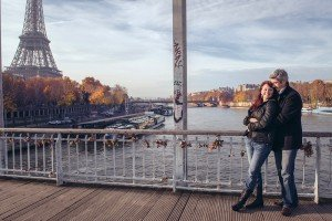 Fifth wedding anniversary photoshoot in Paris, by TripShooter photographer in Paris, Jade Maitre