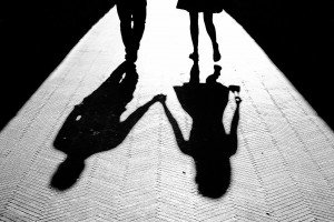 Silhouettes of travellers in Italy, by TripShooter's photographer in Genoa, Beatrice Moricci