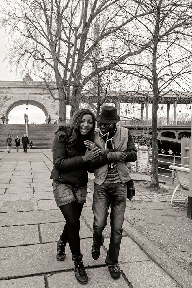 Laughing couple just engaged in Paris, photo by TripShooter's Paris photographer Pierre Turyan