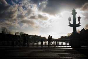 Romantic silhouette by Amsterdam's canals, photo by TripShooter's Amsterdam photographer Elena Pasca