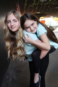 Sisters travelling in London, by TripShooter's London photographer Poppy Carter