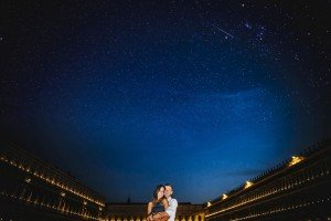 Loving couple holiday under the stars in Italy, by TripShooter's Venice photographer Jody Riva