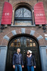 Couple travel in Amsterdam, by TripShooter's Amsterdam photographer Elena Pasca and Radu Voineau