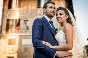 Married couple in Italy by TripShooter Rome photographer Silvia Cleri