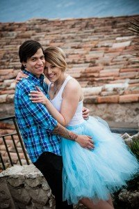Loving couple in blue embrace in French medieval town, photo by French Riviera photographer for TripShooter, Didier Ours