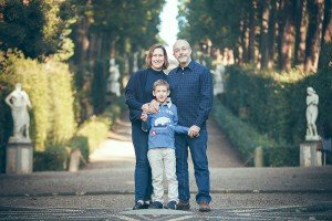 Happy family photo in Tuscany, by TripShooter's Florence photographer Dorin Vasilescu