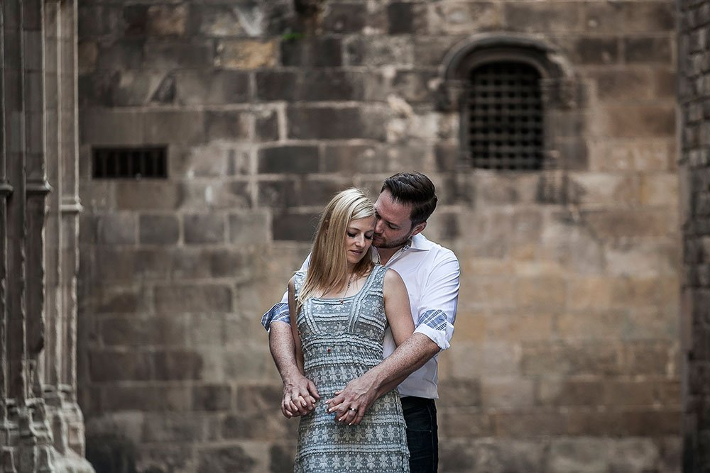 Engagement shoot in Barcelona, by Barcelona photographer Ramon Fornell for TripShooter