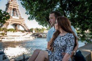 Romantic-couple-photos-Paris-photographer-8