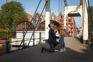 Surprise-proposal-photographer-Amsterdam-1