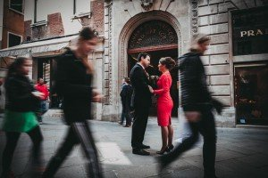 Travel portrait of couple in busy Venice street, by TripShooter's photographer in Venice Matteo Michelino