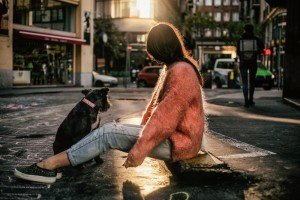 Women traveller at sunset photoshoot with dog, by TripShooter's Budapest photographer Oliver Sin