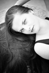 Fashion portrait in black and white by TripShooter's photographer in Vienna, Maria Harms