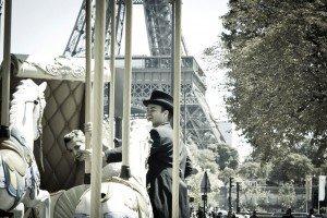 Fun romantic photos in Paris by Paris photographer Sophia Pagan