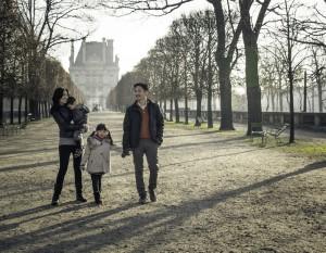Family photos in Paris by Paris photographer Sophia Pagan