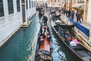 Travel photos in gondola in Venice by Venice photographer Martina Barbon