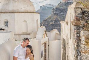 Amazing photoshoot in Santorini Greece by TripShooter's Santorini photographer Ioannis Pananakis