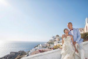 Stunning destination wedding photos in Santorini Greece by TripShooter's Santorini photographer Ioannis Pananakis