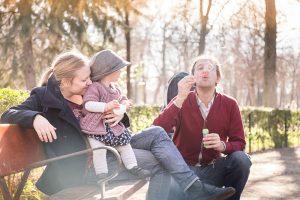 Fresh family portraits in Ljubljana by Matej Kastelic
