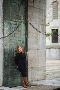 Solo traveller portraits by Istanbul photographer Mohamed Mekhamer