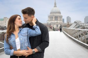 Beautiful couple photos in London by London photographer Ewa Horaczko